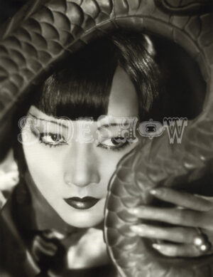 anna may wong 1932 - by otto dyer. Scanned by Frederic. Reworked by Nick & jane for Dr. Macro's High Quality Movie Scans website: https://www.doctormacro.com. Enjoy!