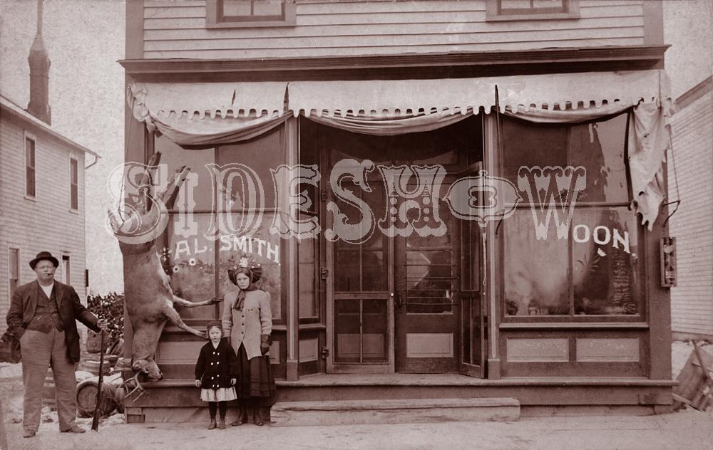 Al Smith saloon vintage photo