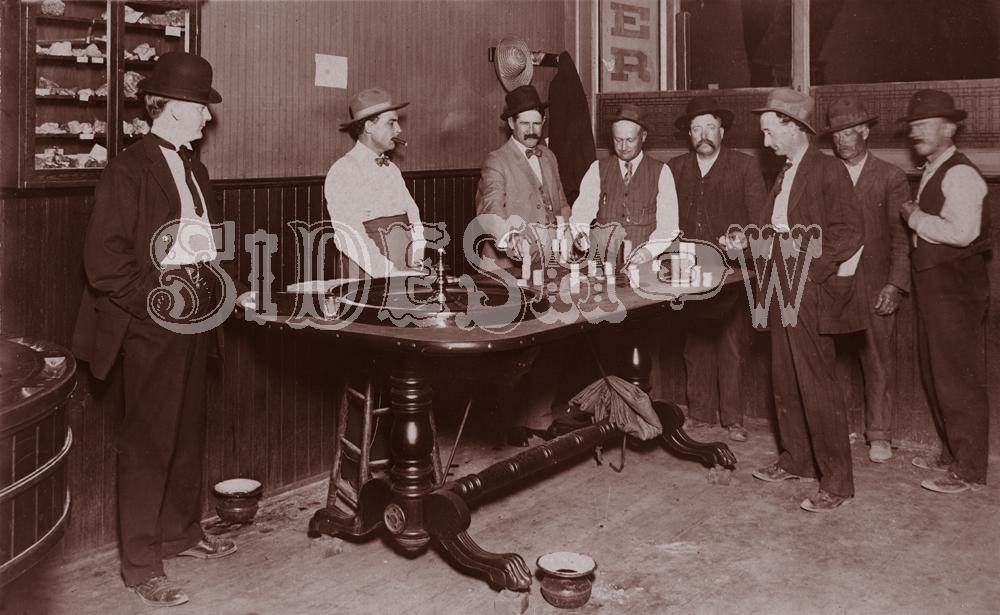 roulette saloon vintage photo