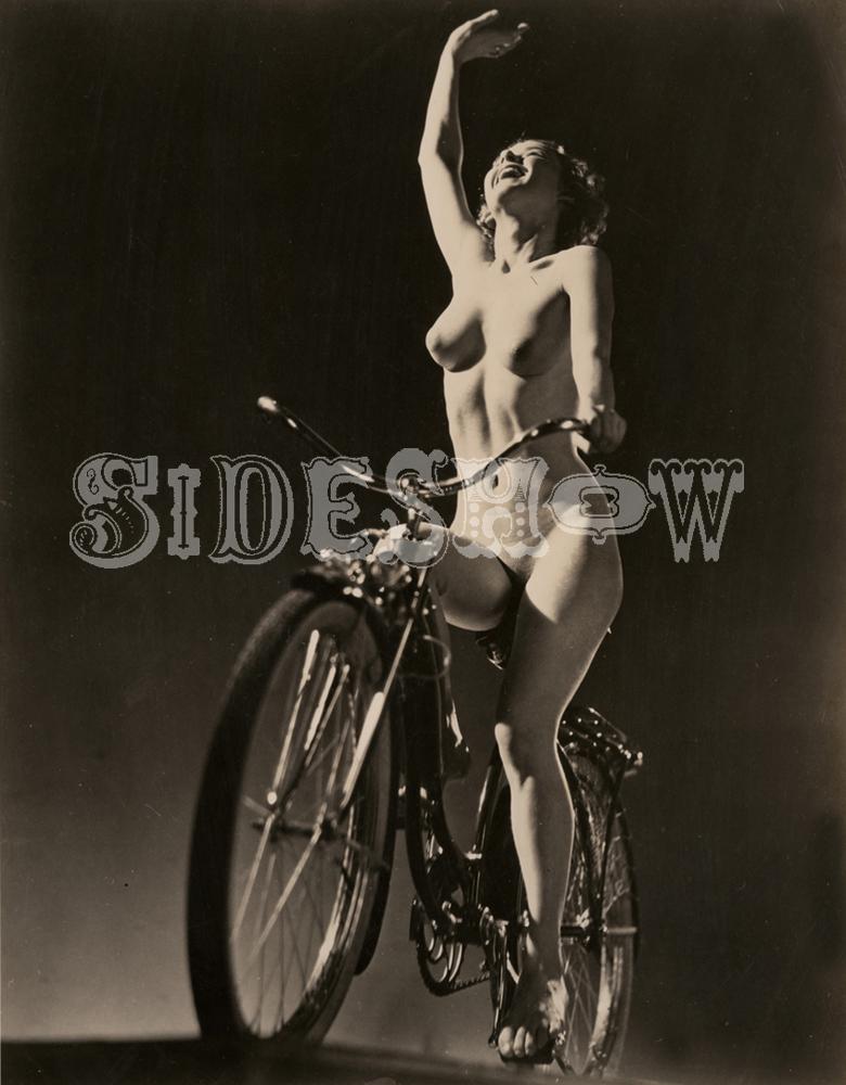 nude bicyclist